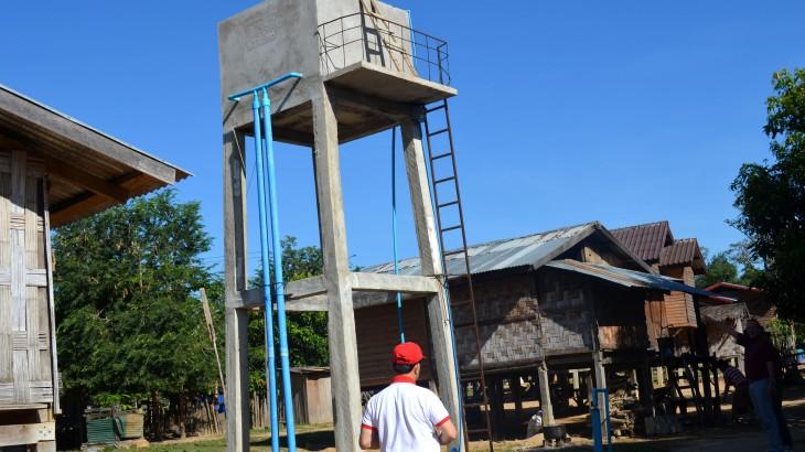 laos-water-tank